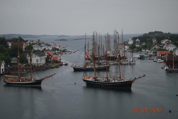 Beskrivelse: Dansken på reden. Uploadet: 13. august 2012 Af: JegvanÅkerstrøm Størrelse: 600 x 403 pixels